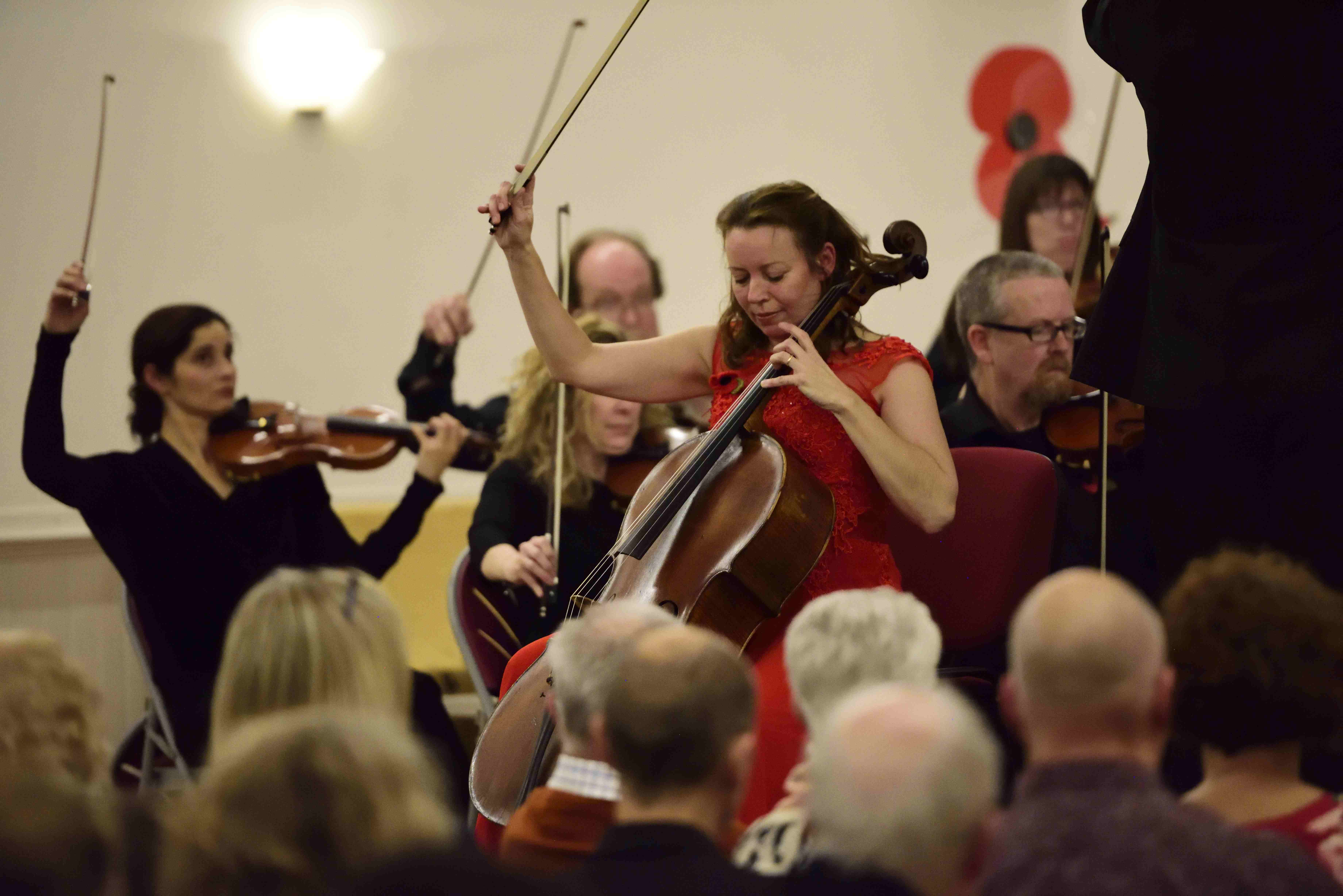 Nicola Tait Baxter Performs Elgar's Cello Concerto with Chorleywood Orchestra